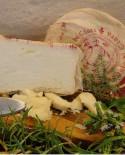 Formaggio di Giara Masaglino Pecorino affinato con erbe aromatiche in anfora di terracotta 700-800g - Fosse Venturi