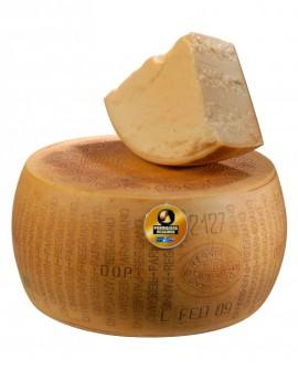 Forma intera Parmigiano Reggiano DOP classico mezzano rigato 13-14 mesi - 36-38 kg - Montanari & Gruzza
