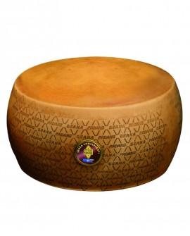 Forma intera Grana Padano DOP senza conservanti 18-20 mesi - 38 kg - Montanari & Gruzza