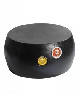Forma intera CACIONERONE formaggio duro tradizionale con crosta nera - 20-22 mesi - 38 kg - Montanari & Gruzza