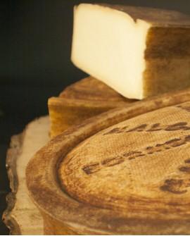 Malga Bormio latte crudo di montagna vecchio granriserva 2kg stagionatura 300gg - Gildo Formaggi
